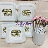 Lápices con nombre en relieve y sandwicheras personalizadas. En esta ocasión para un cumple🥳🥳 www.kekositas.com❣️
