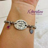 ❣️❣️Así de bonita luce esta preciosidad! Pulsera de Zamac con baño de Plata grabada y charm con forma de corazón y cristal de swarovski.❣️❣️ Ayúdanos a crecer, Comenta, Comparte, dale a Me Gusta 🥰 🛍 www.kekositas.com 😜cotillea nuestra web #pulseragrabada #joyas #grabadolaser #pulseraplata #plata #zamak #kekositas #handmade #concariño #mamatrabajadora #soyautonoma #6años #detalles #bodas #maestras #amigas